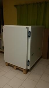 Caisson Réfrigéré froid positif avec accès par la porte latérale pour fourgon type TRAFIC, etc...
